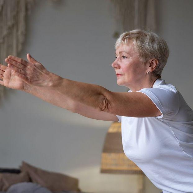 Estos ejercicios devolverán a tus hombros su postura natural