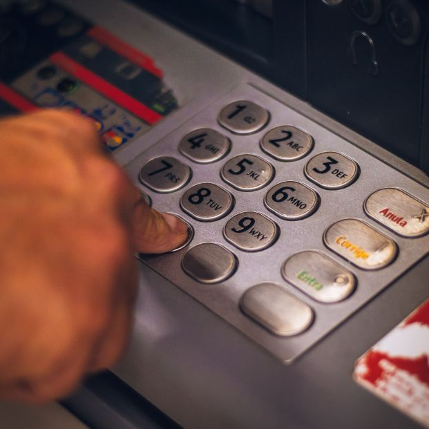 Así será la banca en 2021: más comisiones y gastos por los depósitos
