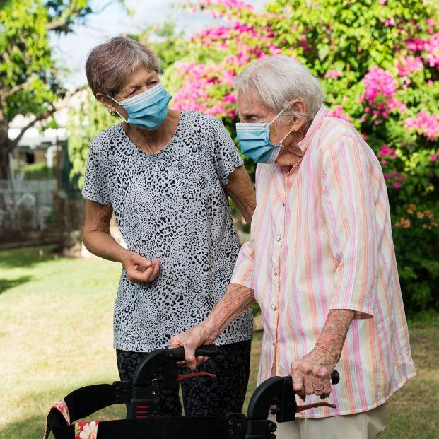 Incapacitación de una persona mayor: quién puede promoverla y qué implica