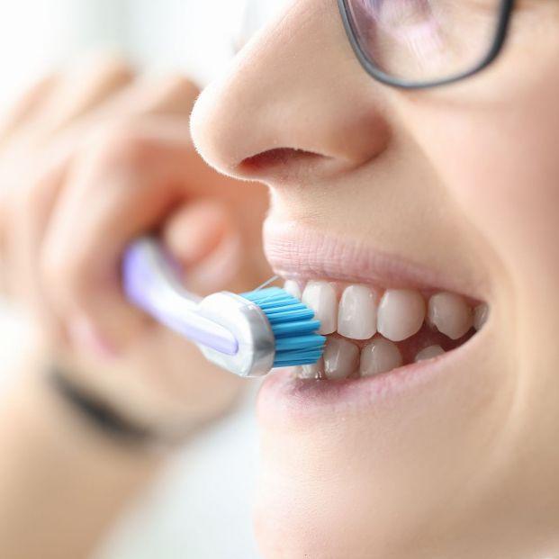 Cepillo eléctrico o manual ¿Cuál es mejor? Foto: bigstock