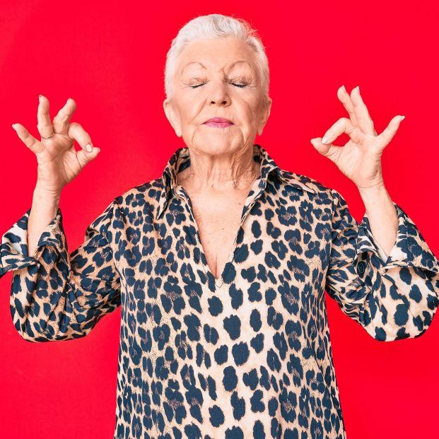 El yoga facial y cómo ayuda a aparentar menos años