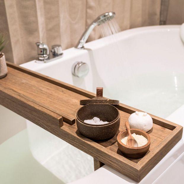 Trucos para mantener la bañera y la ducha siempre limpias