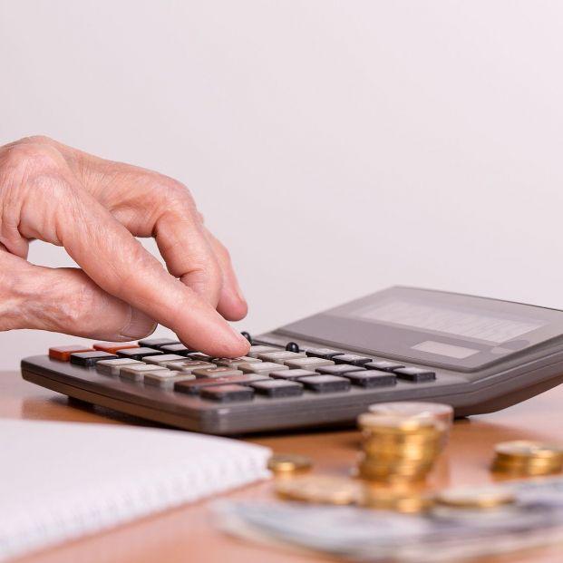 Jubilarse y seguir trabajando como autónomo es posible, ¿cuánta pensión se cobra en 2021?