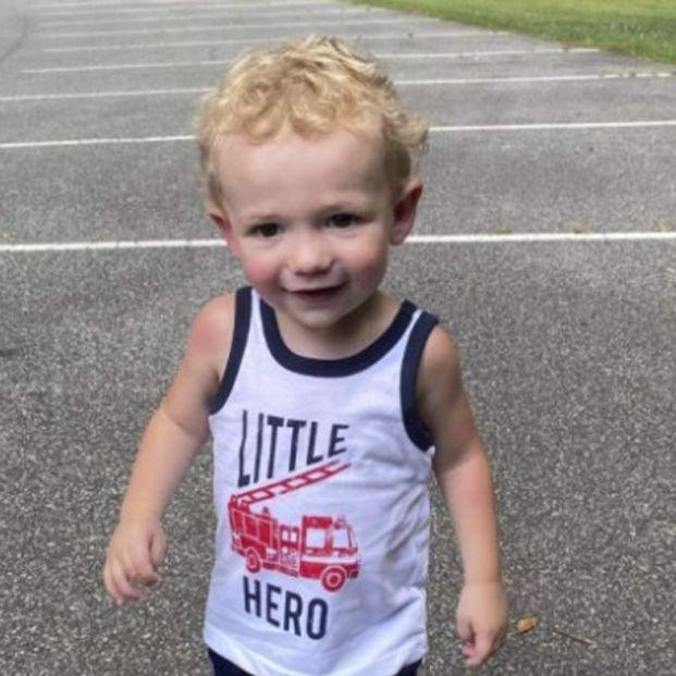 Muere un niño de dos años tras tragarse la pila de un mando