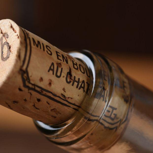 Trucos para conservar el vino o el cava si has tirado el corcho foto: bigstock