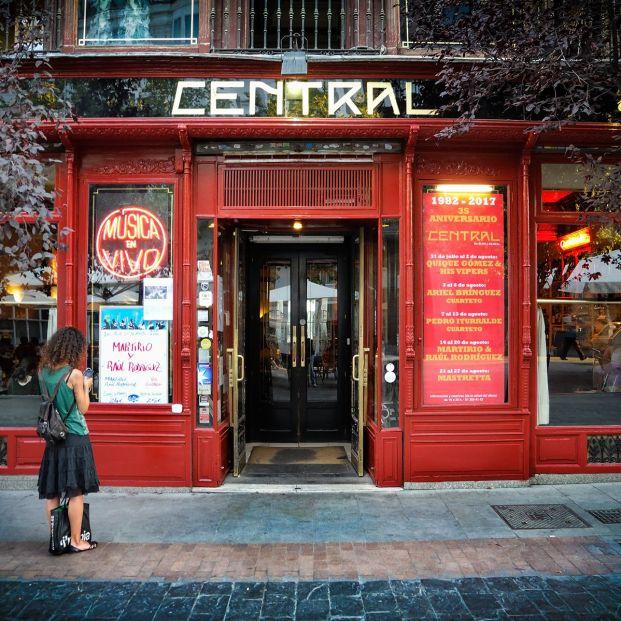 ¿Dónde encontrar los mejores locales de música en directo de Madrid? Fachada de Café Central