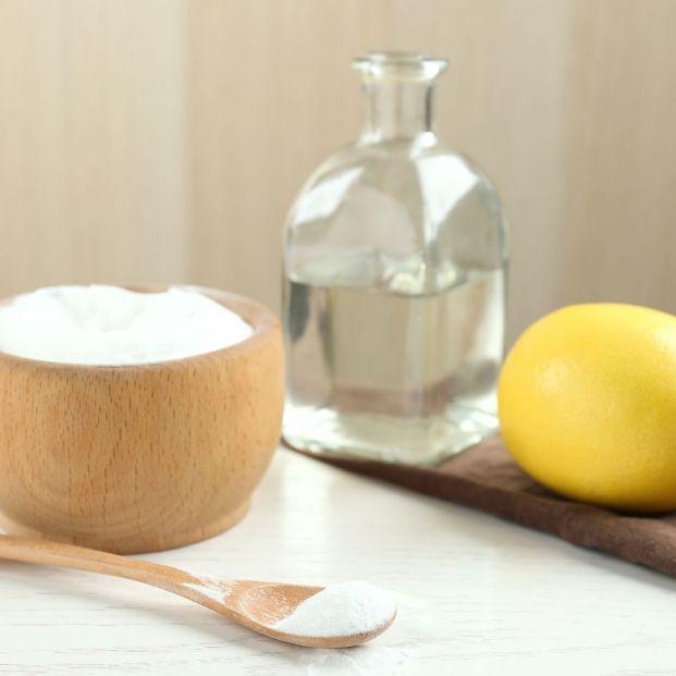 Toma nota de estos 5 remedios caseros para limpiar los cristales Foto: bigstock