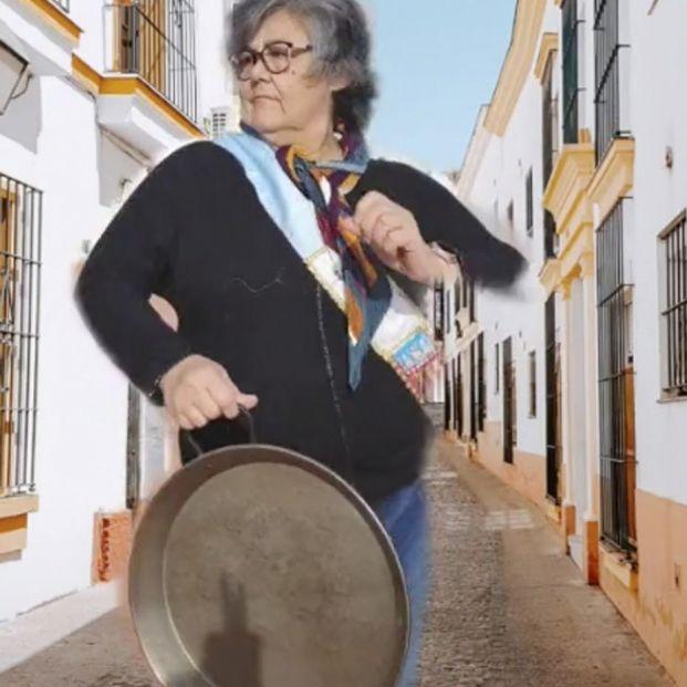 'Madre indignada', la valenciana que arrasa en TikTok criticando las paellas de otros usuarios