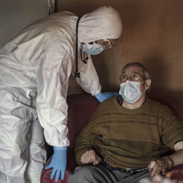 Triaje: Sanidad ya advirtió en abril que no se puede discriminar a los pacientes por su edad