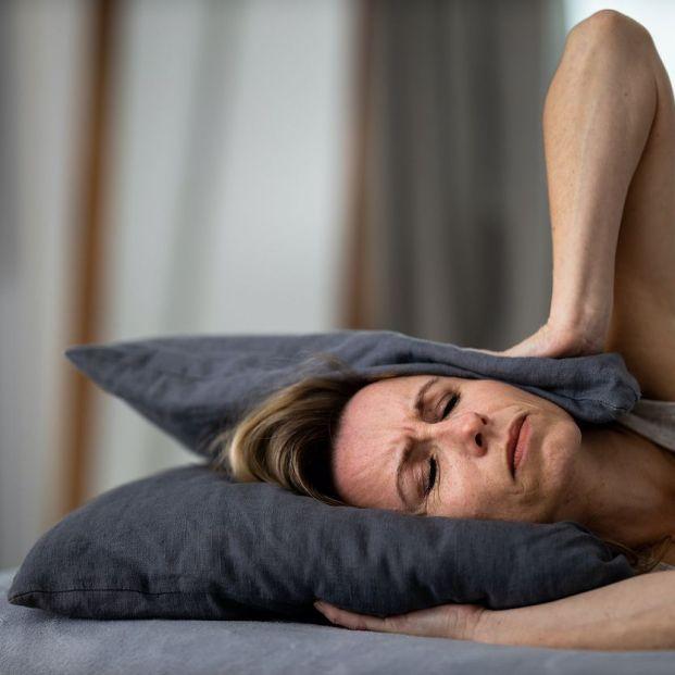 Por qué las mujeres sufren más insomnio