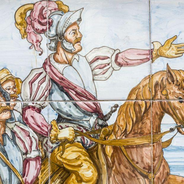 Mural con Hernán Cortés a su llegada a México (bigstock)