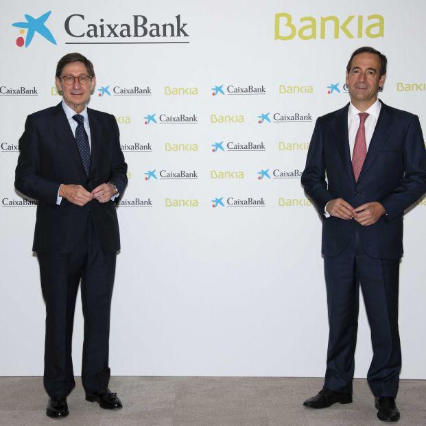 CaixaBank y Bankia lideran el ranking de solvencia de la gran banca
