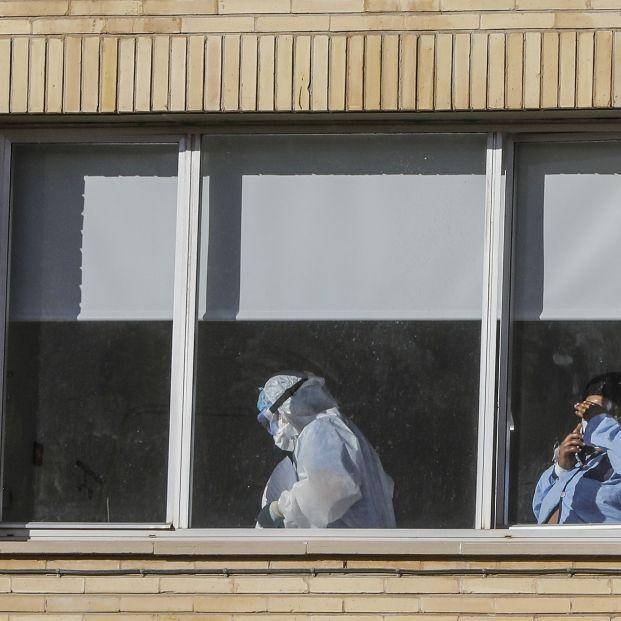 España registra récord de muertes diarias y supera los 3 millones de contagios