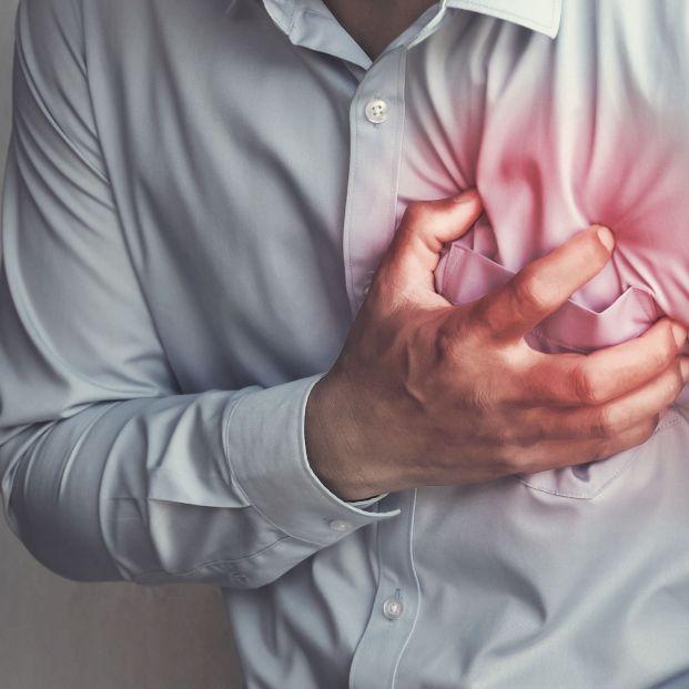 Pericarditis: causas y síntomas de esta enfermedad que afecta a la membrana que protege el corazón