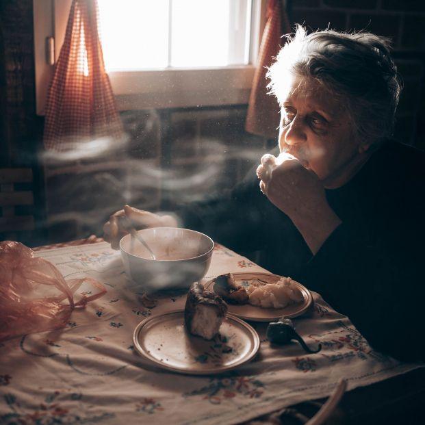 Epidemia de soledad: cómo el confinamiento ha agravado el aislamiento de los mayores