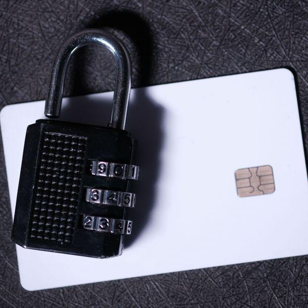 Tarjetas sin números y con CVV dinámico, ¿son de verdad más seguras?