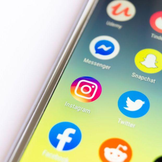 Alertan de una oleada de suplantación de cuentas en redes sociales (Foto Bigstock)