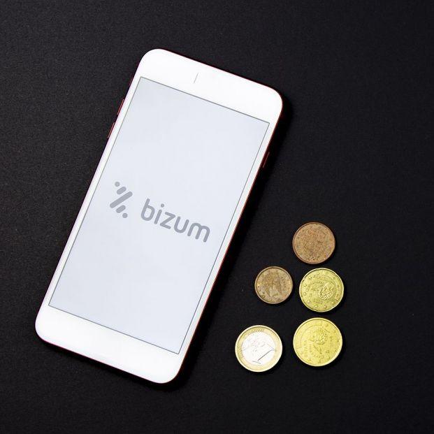 Bizum ya limita a 60 las operaciones que un usuario puede recibir al mes. Foto: Bigstock