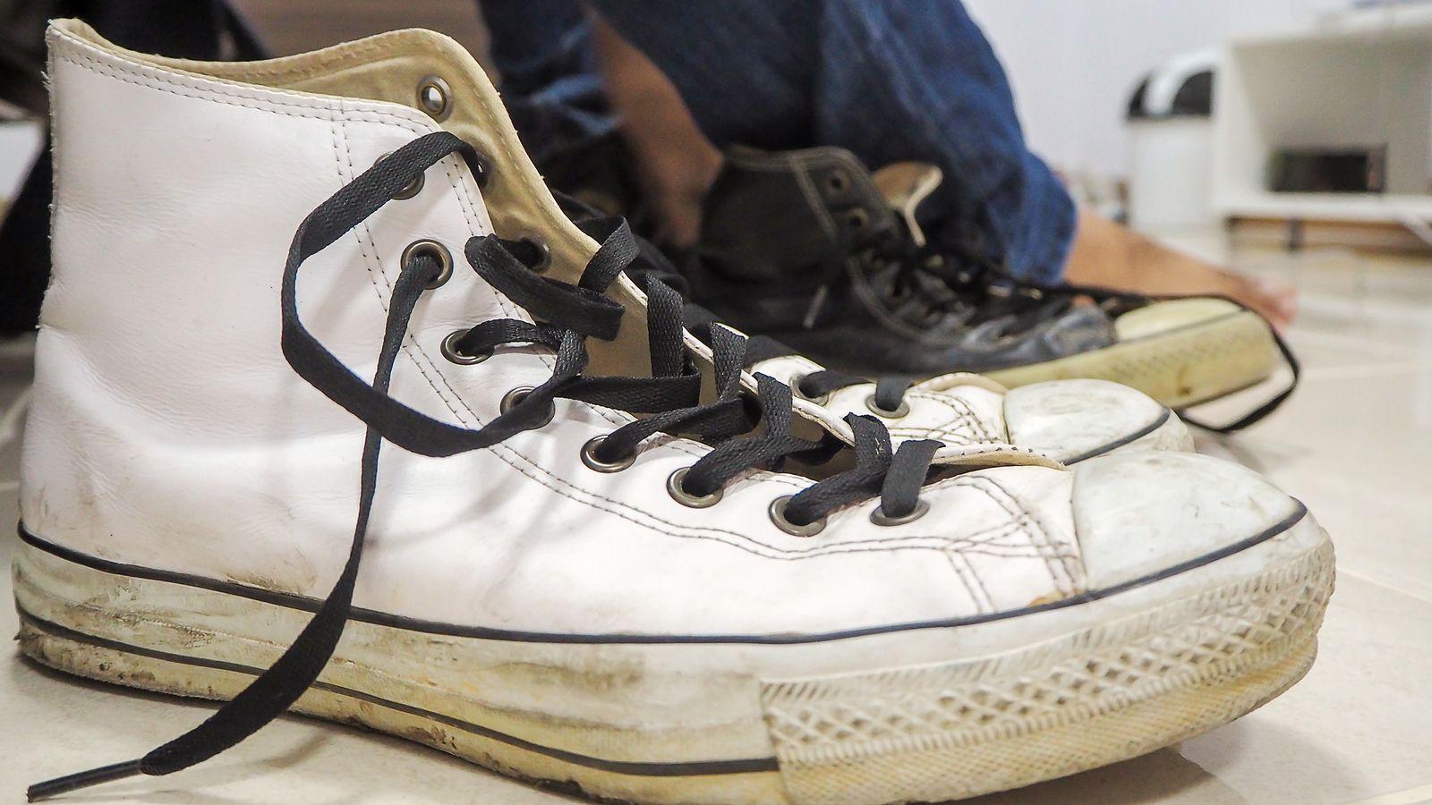 Sabes Cómo Puedes Limpiar Tus Zapatillas Blancas