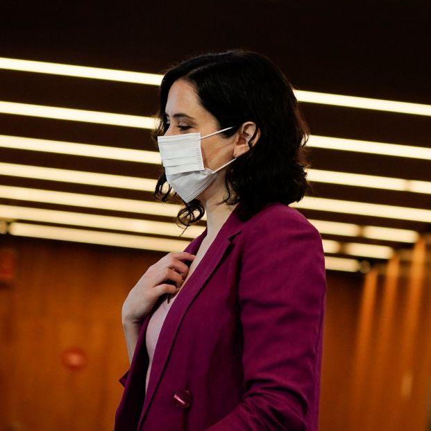 Ayuso pone fecha a la vacunación masiva en Madrid