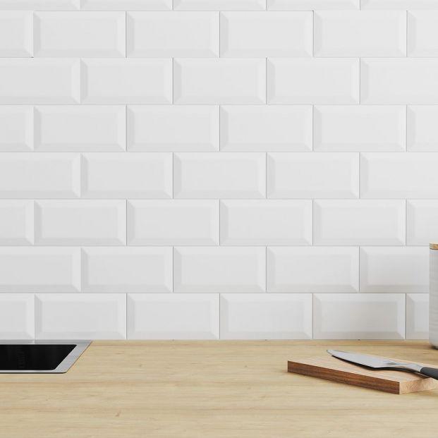 El truco infalible y sencillo para limpiar las juntas de los azulejos
