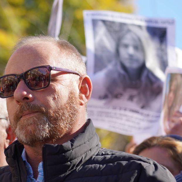 EuropaPress 1866989 padres joven antonio castillo manifestacion exigir repeticion juicio caso