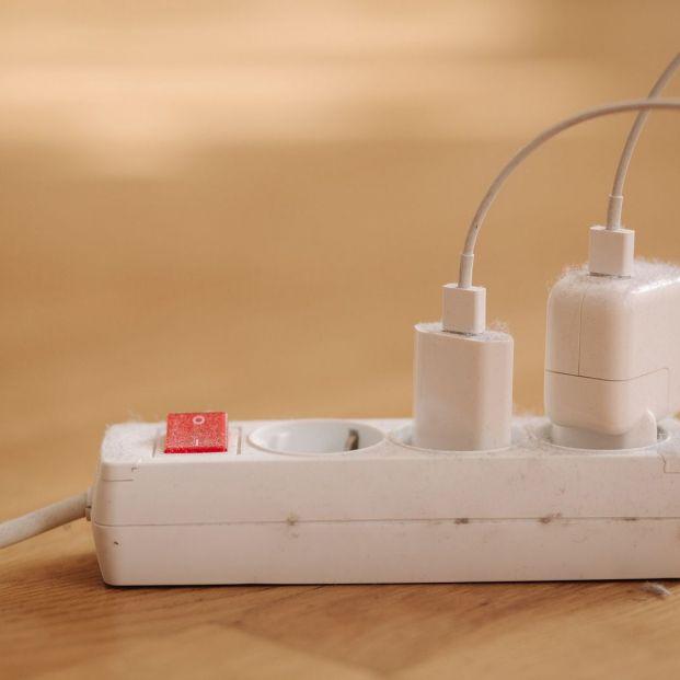 Ideas para ocultar todos los cables de casa Foto: Bigstock