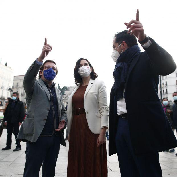 """La Comunidad de Madrid se plantea levantar el toque de queda """"en los próximos días"""""""