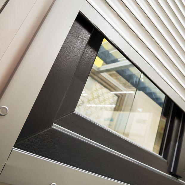 Consejos para limpiar las ventanas y persianas correctamente Foto: bigstock