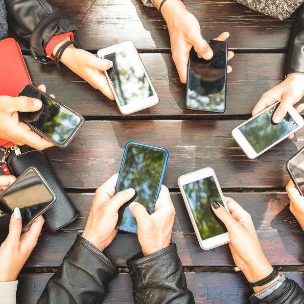 Truco para compartir la wifi con tu móvil y evitar los riesgos de las redes públicas (Foto Bigstock)