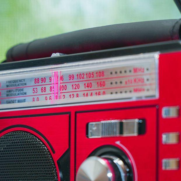 Radio o móvil: ¿por qué medio siguen más los españoles el fútbol?