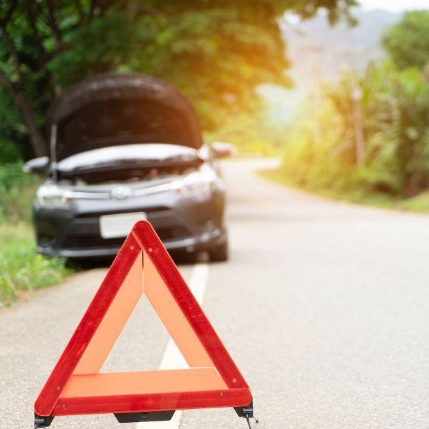 ¿Cuándo estarán prohibidos los triángulos de emergencia? La DGT ya ha puesto fecha