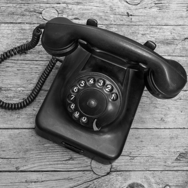 145 años de la primera llamada telefónica por Graham Bell, el falso inventor del teléfono