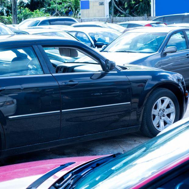 Consejos para comprar un coche de segunda mano (big stock)