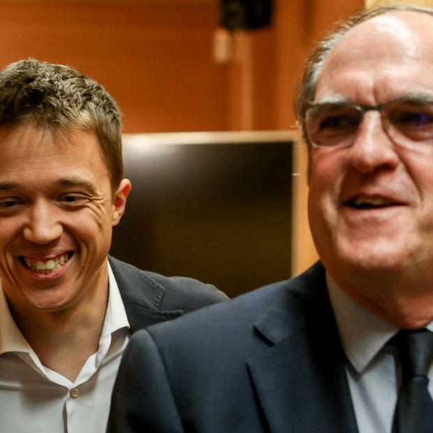 Errejón y PSOE tratan de desbaratar los planes de Ayuso con dos mociones de censura sorpresa