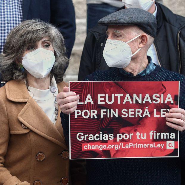La ley de la eutanasia pasa el filtro del Senado con los votos en cotra de PP y Vox