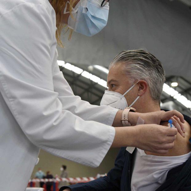 Baleares hace un llamamiento a enfermeras jubiladas que quieran sumarse al proceso de vacunación