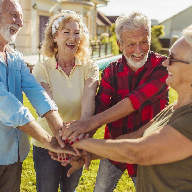El Airbnb para mayores de 50 años que acaba con la soledad