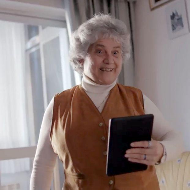Llega a las residencias 'Alexa para mayores', podrán llamar a sus familiares, escuchar música...