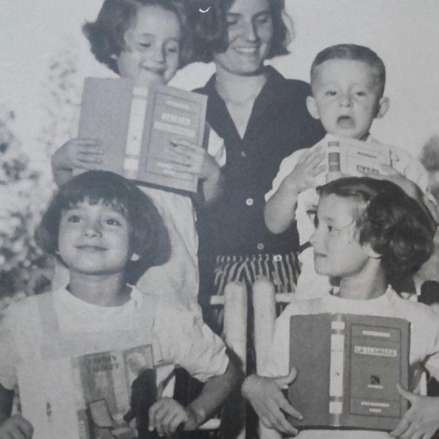 Celebramos el centenario del nacimiento de Carmen Laforet con un libro con sus mejores artículos