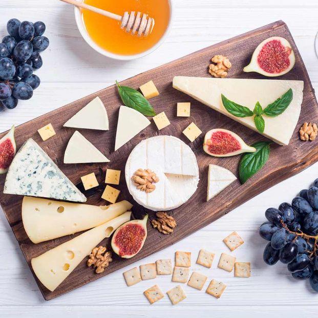 Cómo preparar una tabla de quesos perfecta: 10 trucos infalibles