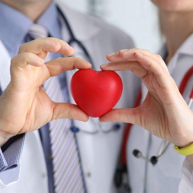 Estas son las diferencias entre los infartos en las mujeres y los hombres