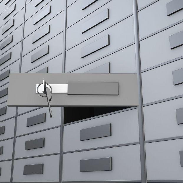 Qué puedo guardar en la caja de seguridad de un banco y cuánto cuesta (Foto Bigstock)