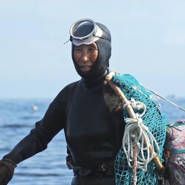 'Haenyeo': las abuelas buceadoras de la isla de Jeju que bajan hasta 20 metros en apnea