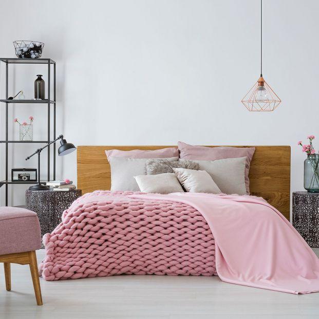Trucos de los hoteles para hacer una cama perfecta Foto: bigstock