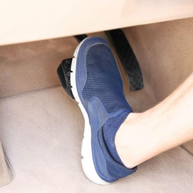 El mejor y el peor calzado para conducir