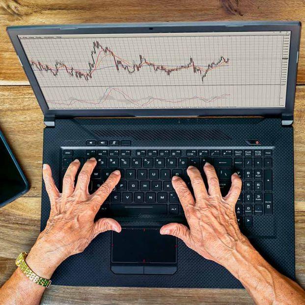 ¿Cómo son los mayores cuando invierten en Bolsa?