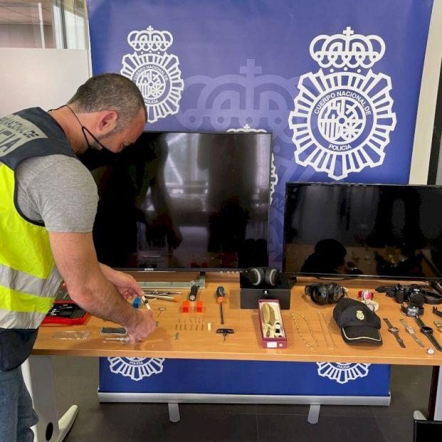 La Policía alerta: crecen los robos en viviendas con el método 'impresioning'