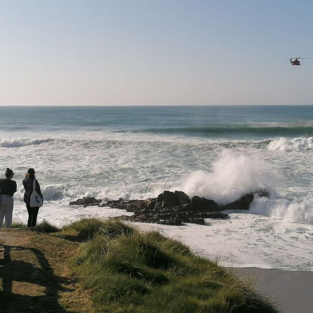 Rescatan sin vida a un bañista en una playa de Arteixo (A Coruña)