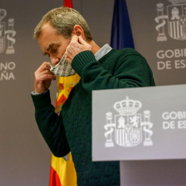 Fernando Simón avanza cuándo los vacunados podrán dejar de usar la mascarilla
